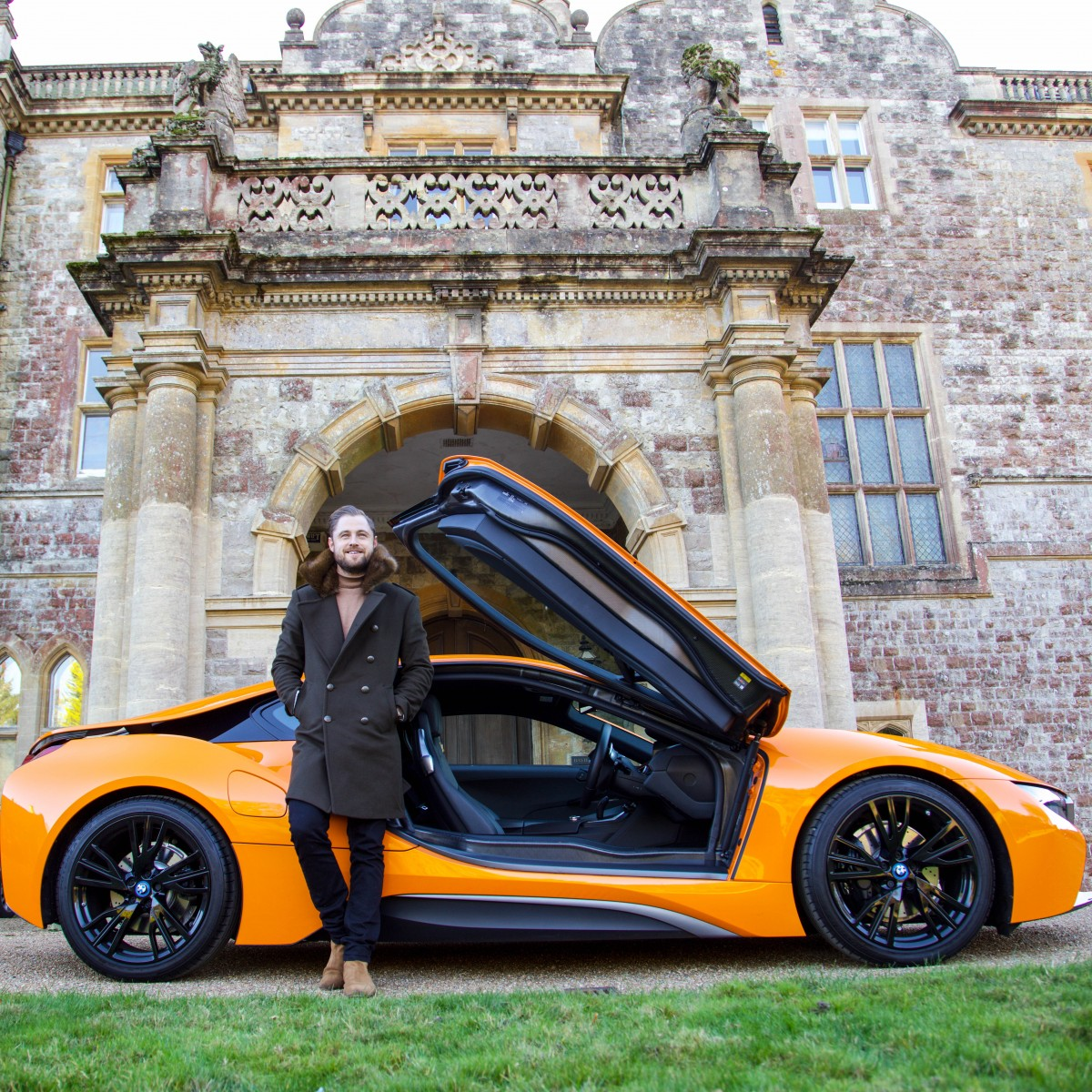 Test Driving The Fiery Orange Bmw I8 The Supercar With An Eco
