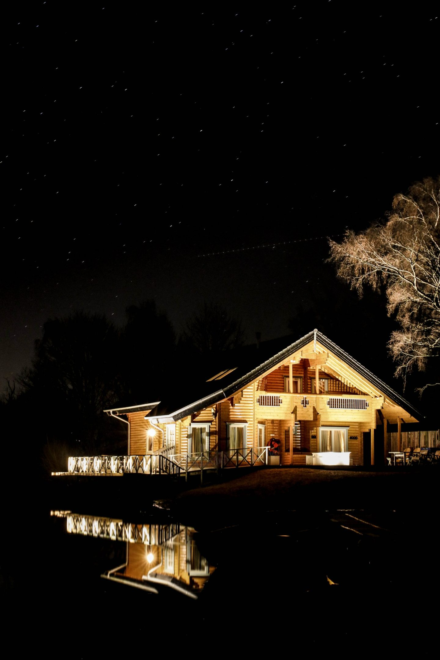 Log House Holidays Moondara Lodge